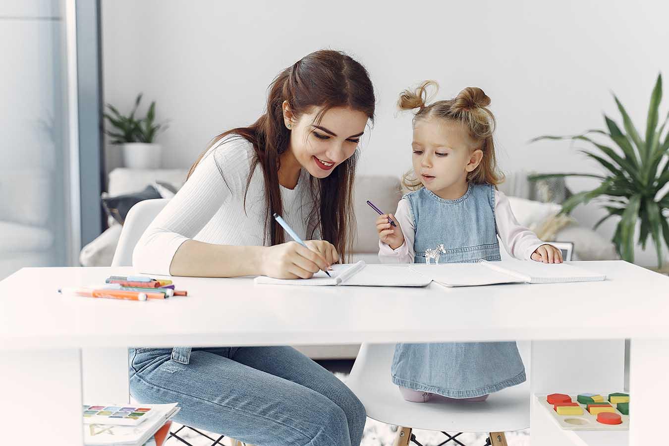 Escribe un libro didáctico para ayudar a los más peques de la casa a enamorarse de la literatura desde niños